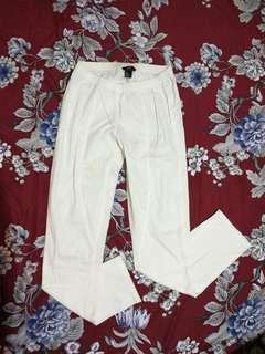 celana panjang putih H&M