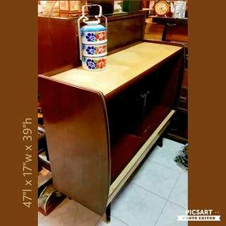 Very Cute 1970s Yellow Formica Pencil-leg Sideboard with curve sides. Small, space-saving.  Rarely with Full-glass T-partition held by metal-joint. $388, Good Condition. WhatsApp 96337309.