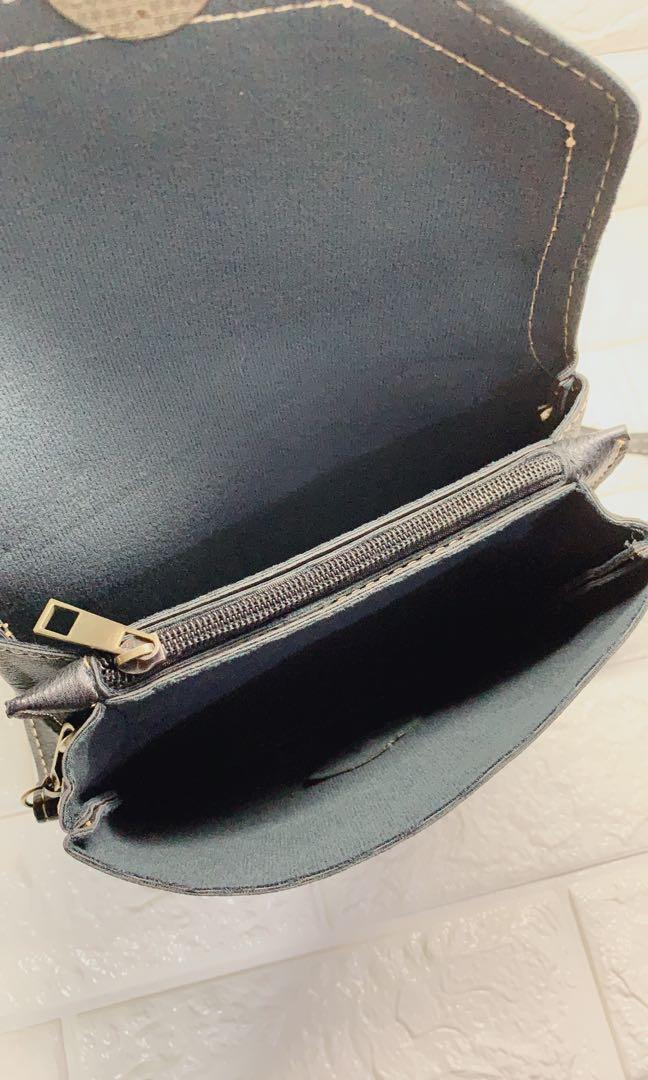 [仿皮]黑色小側背袋