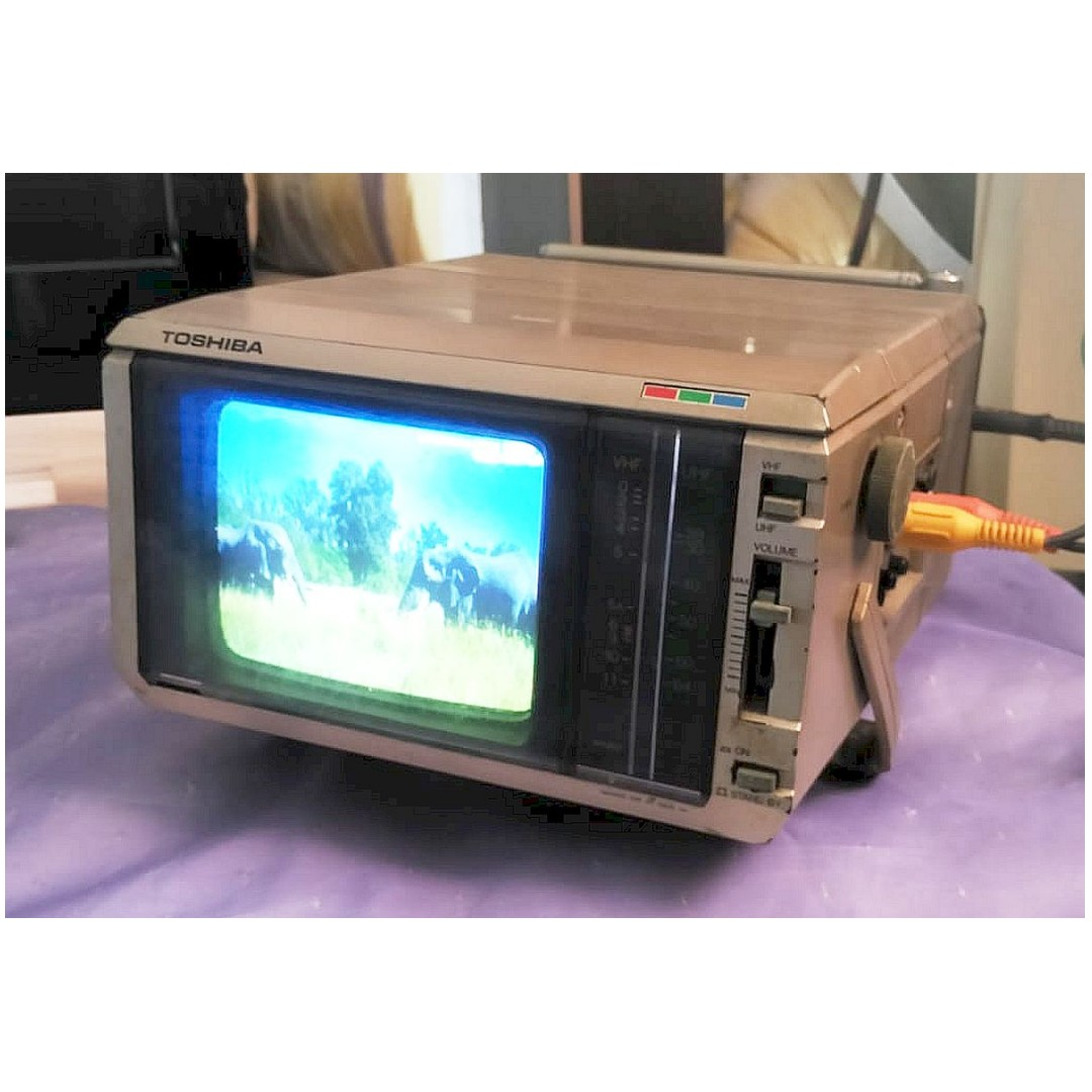 VinTaGe PorTaBLe TOSHIBA 5ins CRT Mini TV OnLy $78 ...