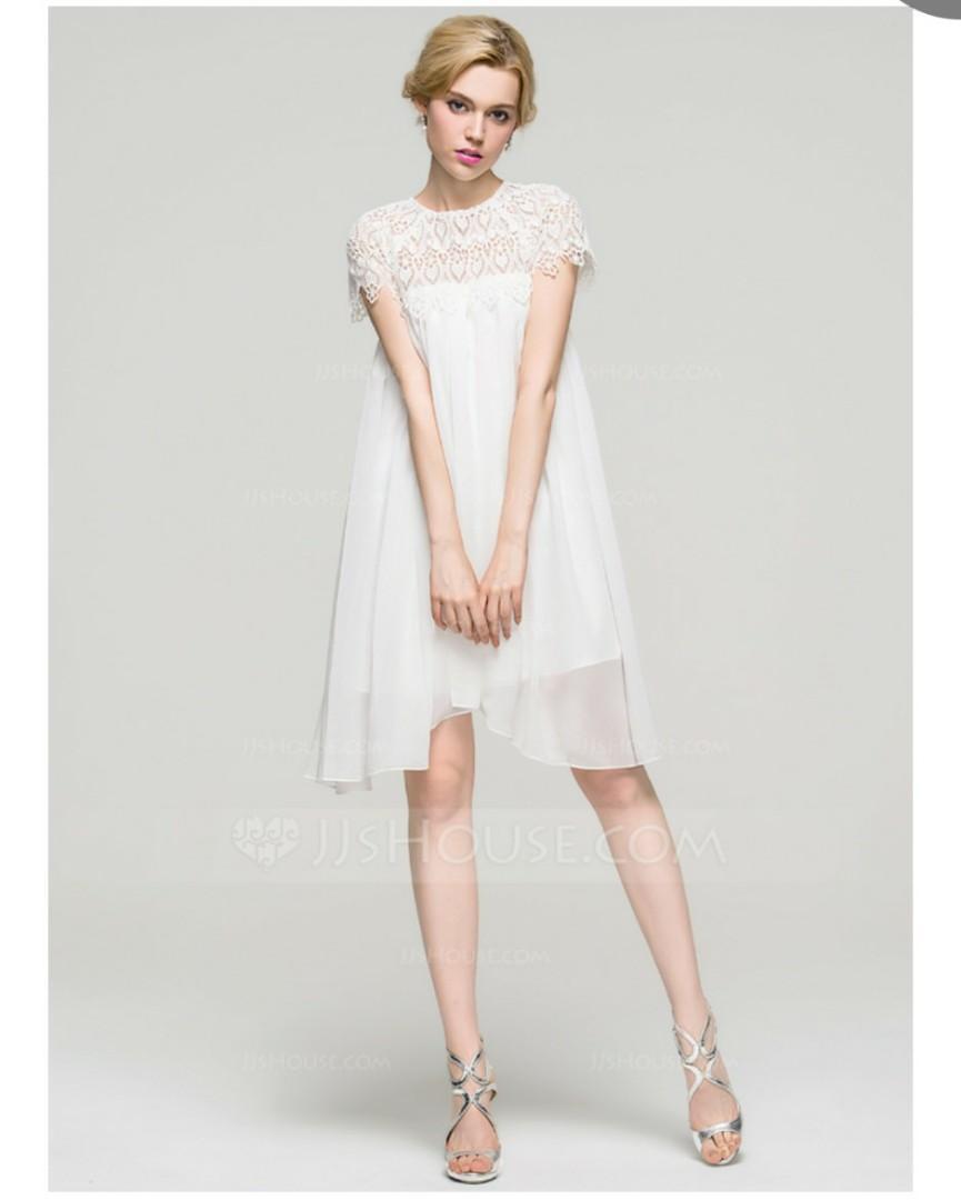 A-Line/Princess Scoop Neck Knee-Length Chiffon Homecoming Dress