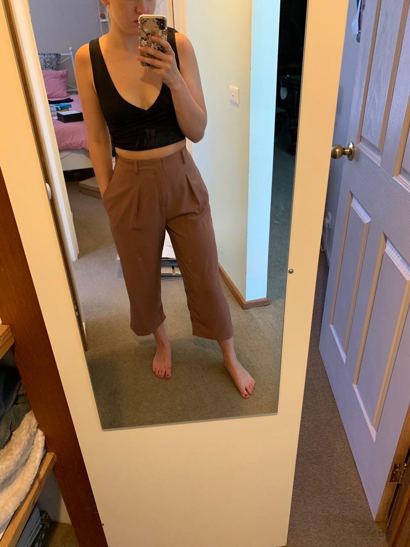 Brown 3/4 pants