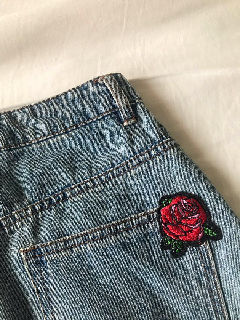 ✨Denim Mini Skirt with Rose Embroidery✨#SwapAU