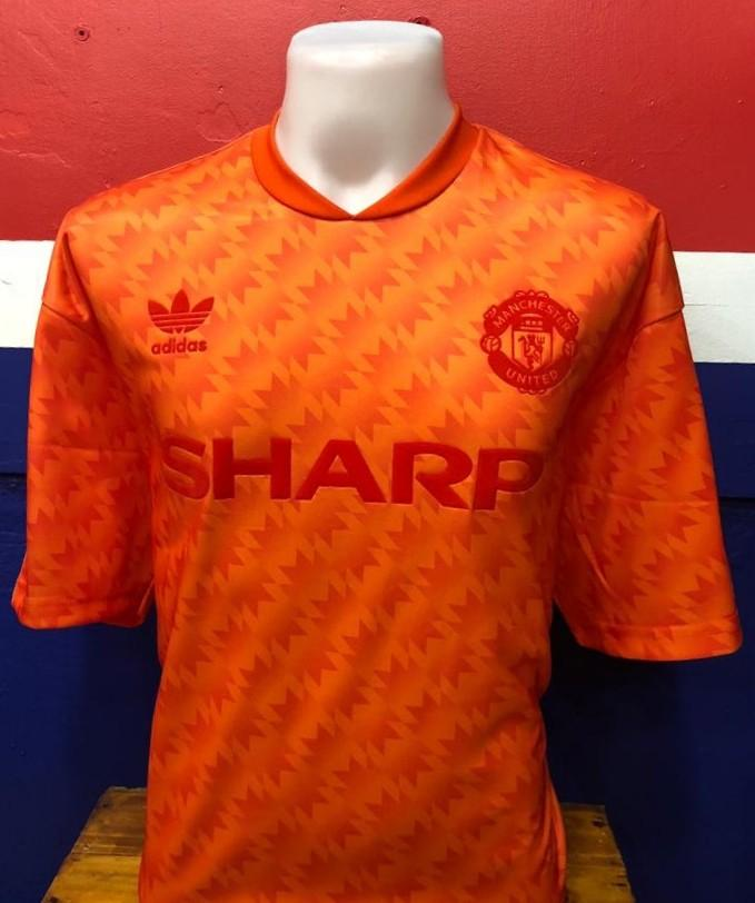 separation shoes c4c21 53675 Manchester United Retro Jersey - Orange, Sports, Sports ...