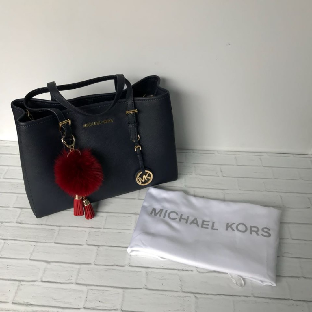 1311640abdc9 MICHAEL Michael Kors Jet Set Travel Large East West Tote In Navy ...