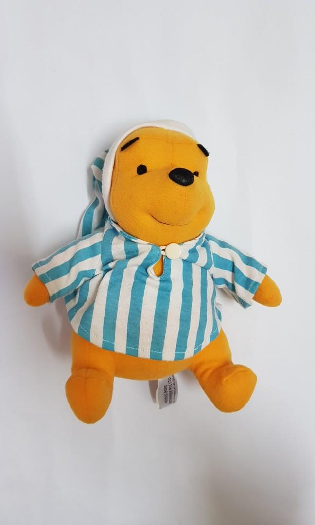 684874312895 Pooh bear (pyjamas)