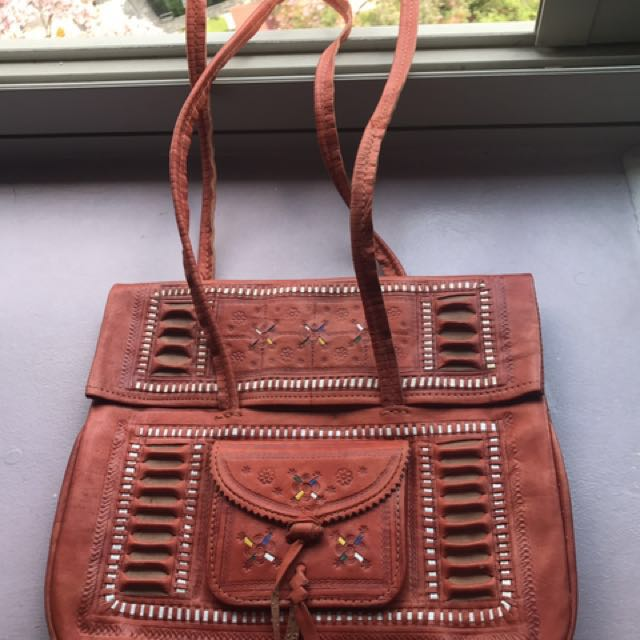 54ed5e5ec9b9 SALE  WTS Genuine leather bag from Spain