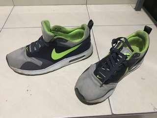 Kasut Nike Airmax Tavas