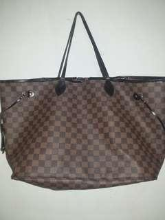 LV neverfull totebag
