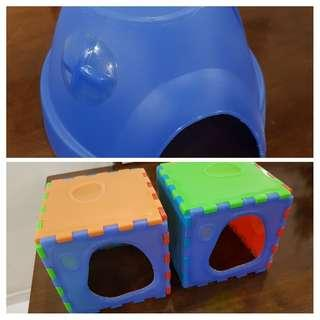 1 'Dome' Hideout + 2 'Snap Inn' hideouts for Guinea Pigs (all Living World products)