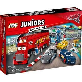 Lego 10745 Lightning McQueen Florida 500 Final Race