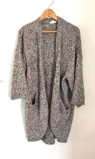 🚚 H&m灰色黑色針織長版外套