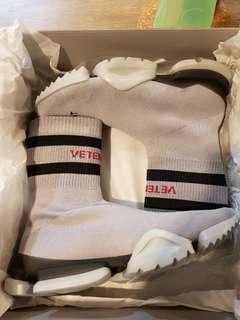 Vetemens x Reebok Socks Runner Grey (Hong Kong exclusive pair)