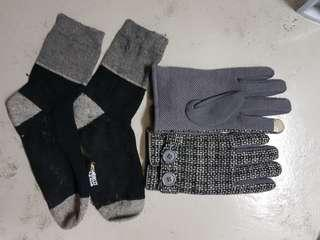 Sox world Winter Gloves and wool socks stockings