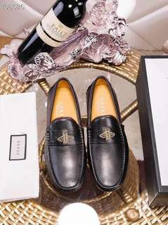 304eb4863 Gucci Bee Loafers for men