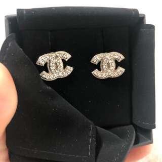 Auth Chanel crystal cc earrings