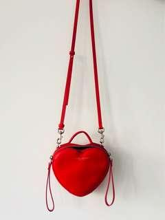 MARC JACOBS LEATHER HEART CROSSBODY BAG