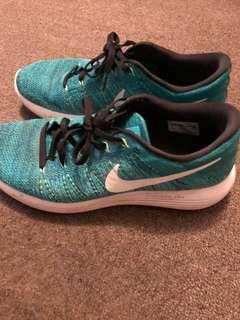 Nike lunarglide flyknit