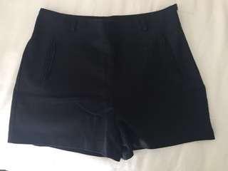 ZARA Black shorts size M