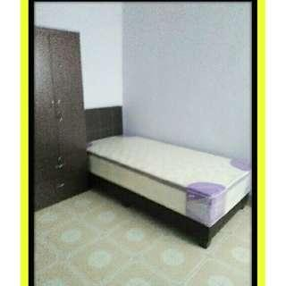 Nice Renovated Master Bedroom for Rent in Hougang! Females only << B322 Hougang Ave 5 >>