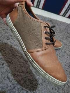 Sepatu original merk ALDO size 40 Very Good Condition