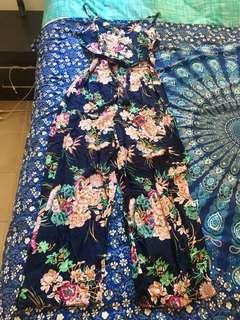 Floral jumpsuit size M/L