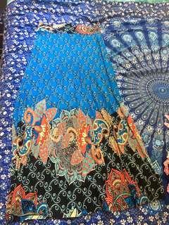 Bnwot blue pattern maxi skirt size L