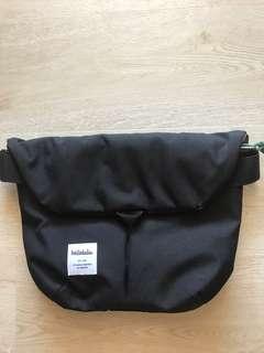 Hellolulu Sling Bag (EUC)