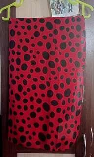 Pashmina Polka Merah Lucu #bersihbersih