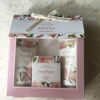 brand new Marks & Spencer toiletries set for sale