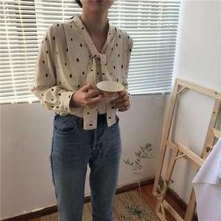 [PO] Polka dot v-neck retro shirt