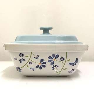 Claytan 2L Square Casserole with Cover Kitchenware