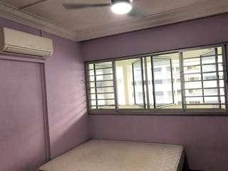 549 jurong west st 42 Common Room Rental