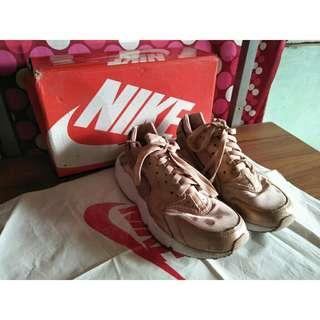 Nike Huarache (RoseGold)