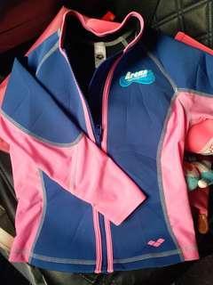 Arena 兒童游泳保暖衣