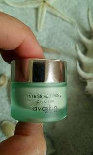 Avoskin Intenseve Devine Day Cream