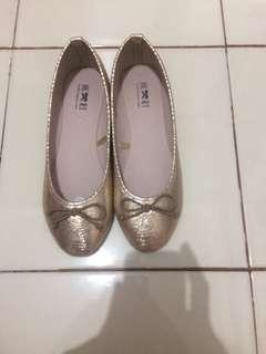 Flat Shoes Gold Litte Things
