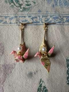 🚚 日式紙鶴珍珠垂掛式耳環