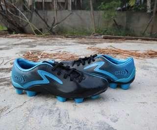 Sepatu Sepakbola Specs Bafana FG