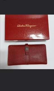 REDUCED authentic  Ferragamo Wallet