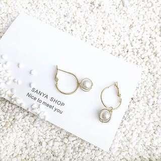 🚚 《早衣服》1月新品🎆氣質溫油珍珠纏繞復古個性圓圈垂墜式耳環耳針(預)