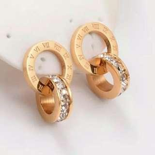 Bvlgari style earings full diamonds