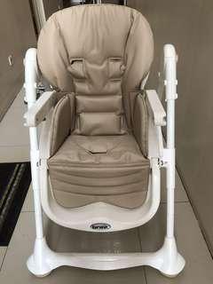 Preloved Brevi Baby Chair