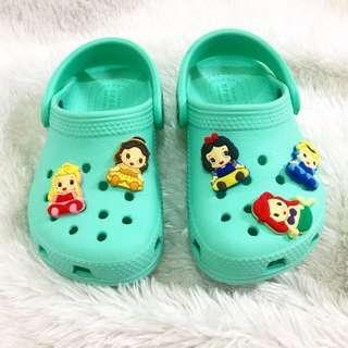 Crocs ✨