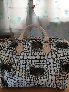 SALE!!!! Rare and limited edition Louis Vuitton Speedy 30 Yayoi Kusama from 4500