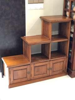 Step cupboard