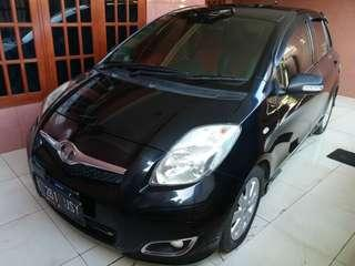 Toyota yaris E manual dp 9jt bawa pulang