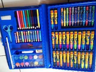 Crayon/pewarna/pensil warna set terlaris