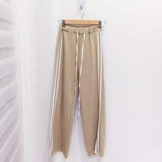 🆕BRAND NEW Striped Sporty Nude Brown Pants