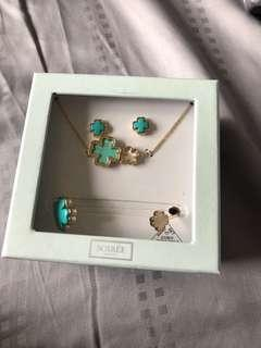 Brand new / Clover earrings & bangle